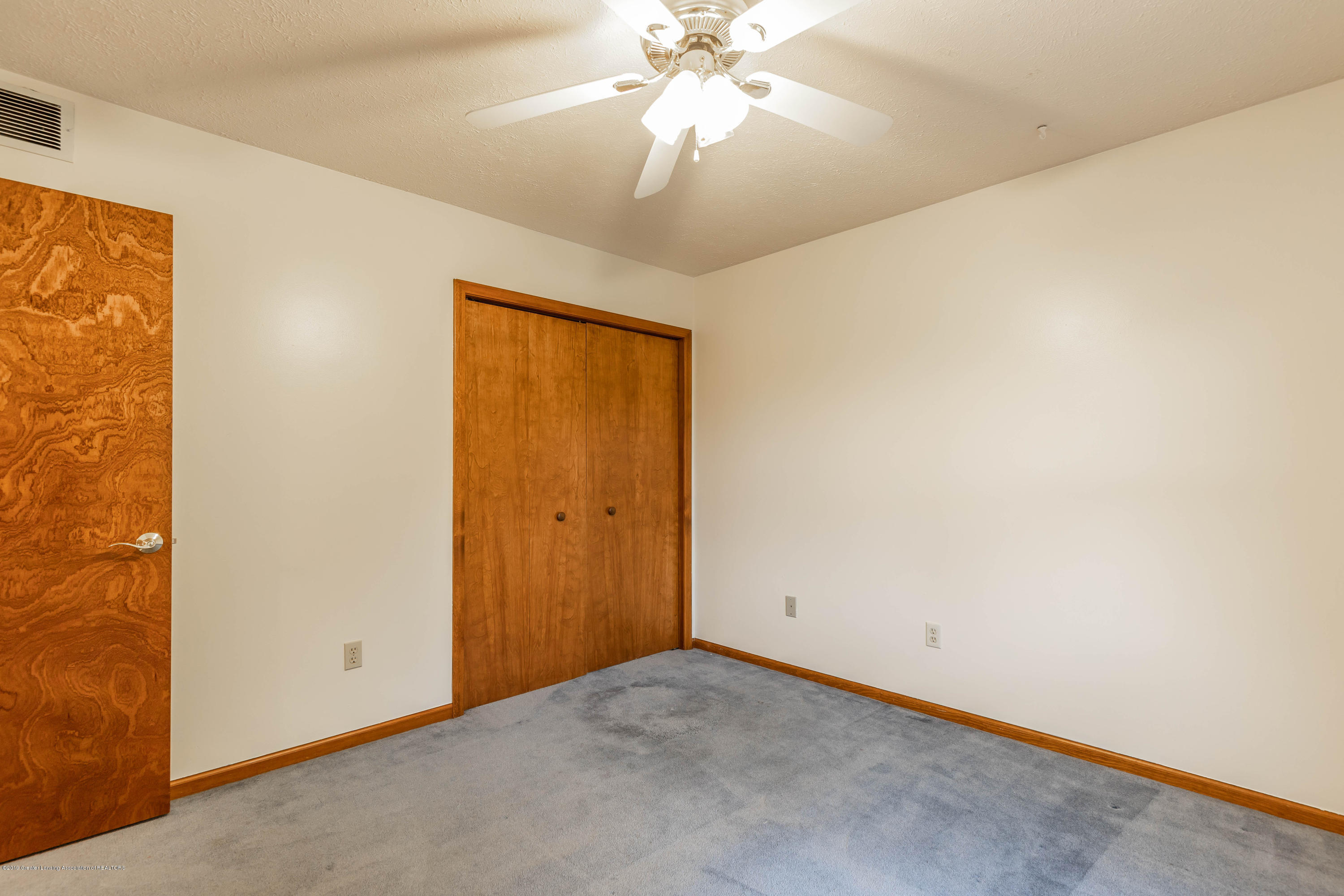 1258 Castlewood Cir - candlewoodbed3 (1 of 1) - 14