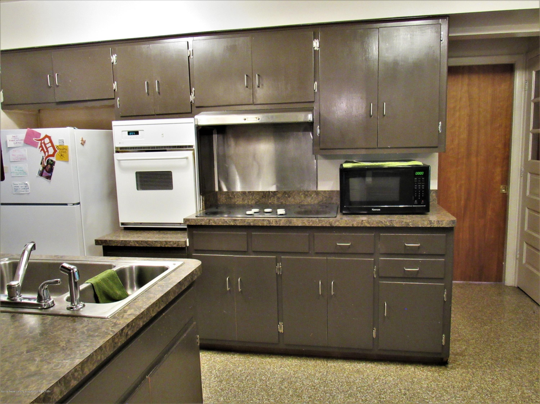 425 S Holmes St - L-Shaped Kitchen - 6