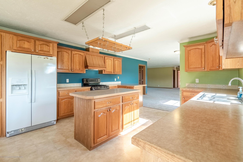 10210 Williams Rd - Main Living Area_9 - 10