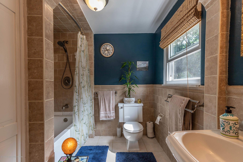 2023 Peggy St - Bathroom 2 - 24