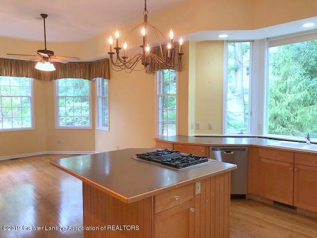 242 Abbott Woods Dr - Kitchen / Dining Area - 12