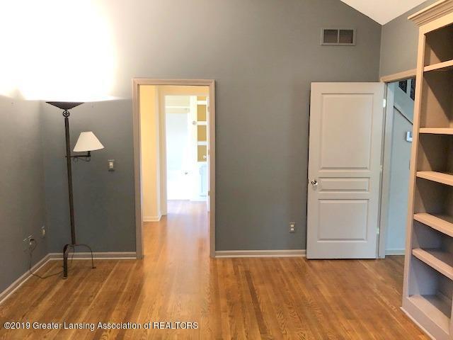242 Abbott Woods Dr - First Floor Bedroom - 20