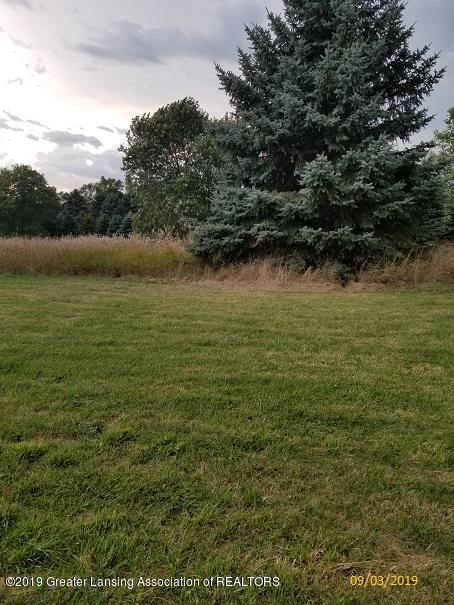5775 E Centerline Rd - yard - 14