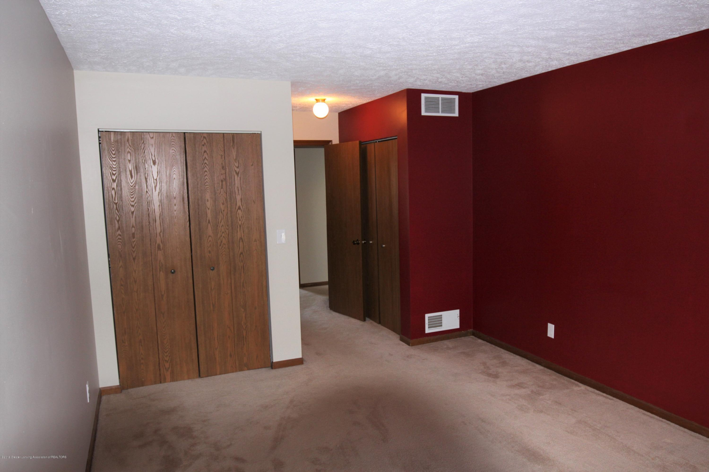 1760 Whitegate Ln 18 - Bedroom 1 - 11