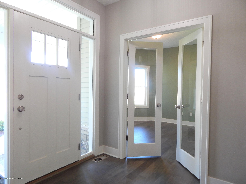 8127 Doe Pass - Foyer - 9