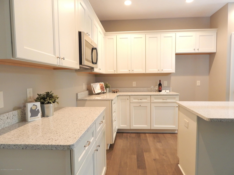 8127 Doe Pass - Kitchen - 22