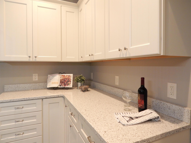 8127 Doe Pass - Kitchen - 21