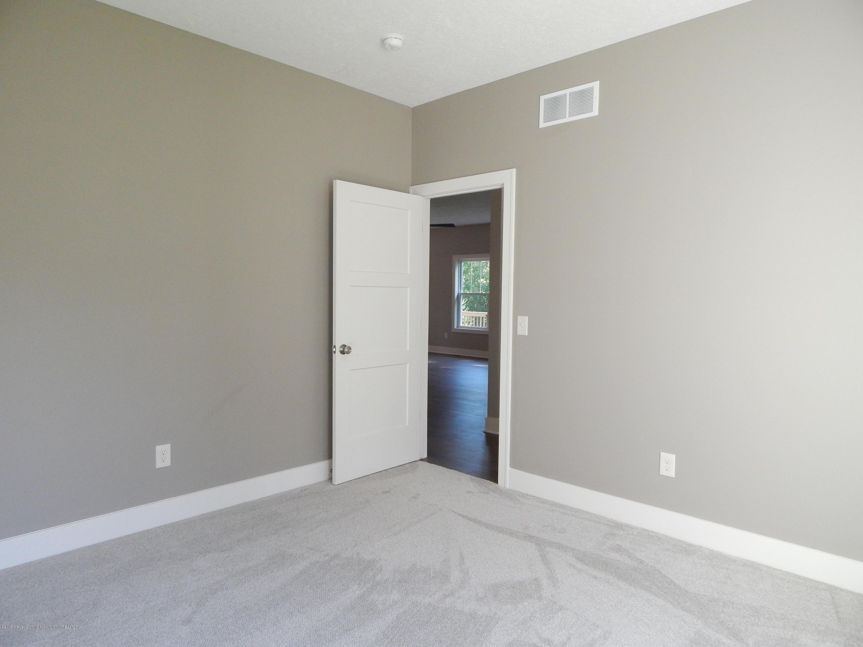 8127 Doe Pass - Bedroom - 40
