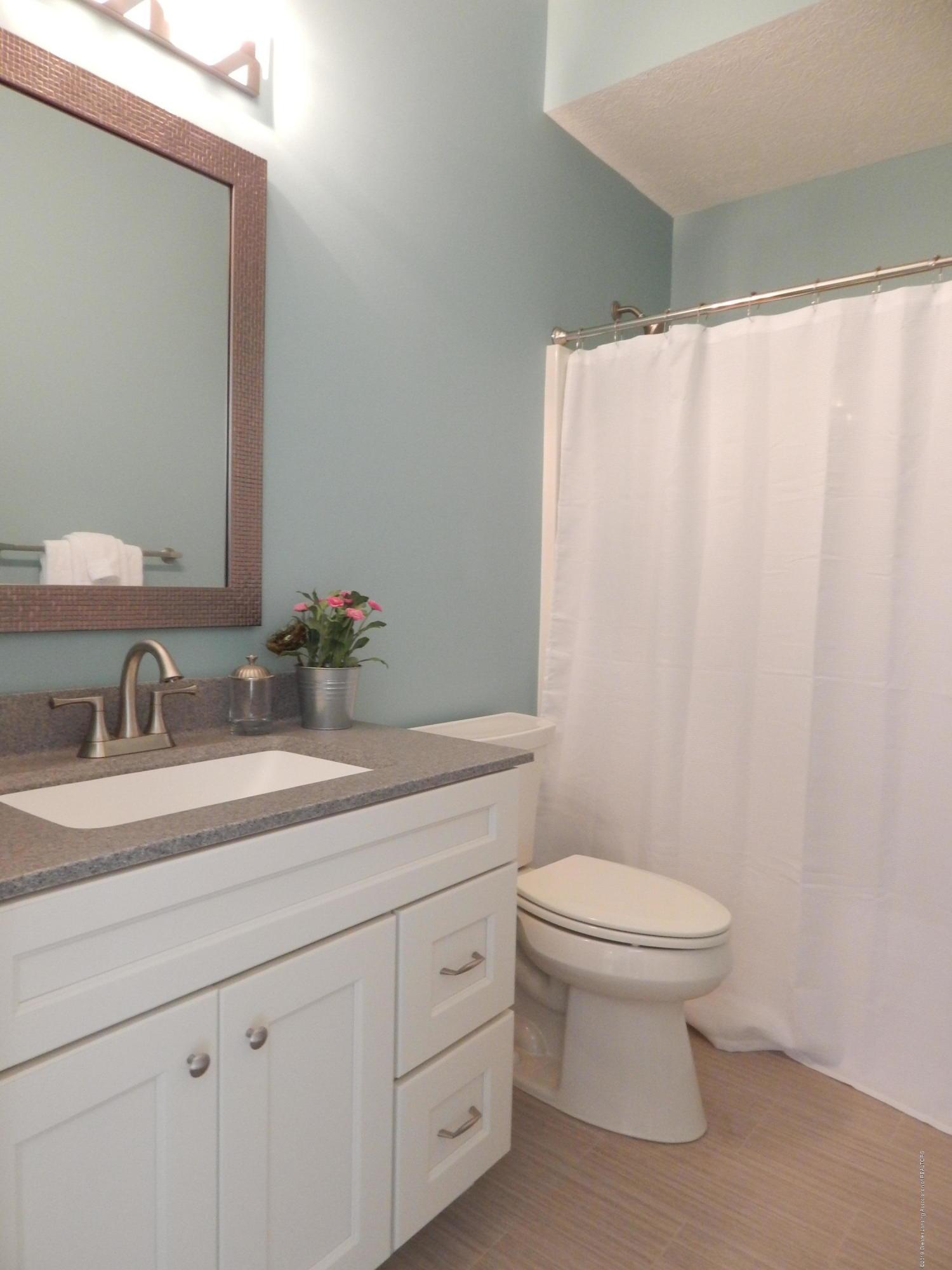 8127 Doe Pass - Bathroom - 41
