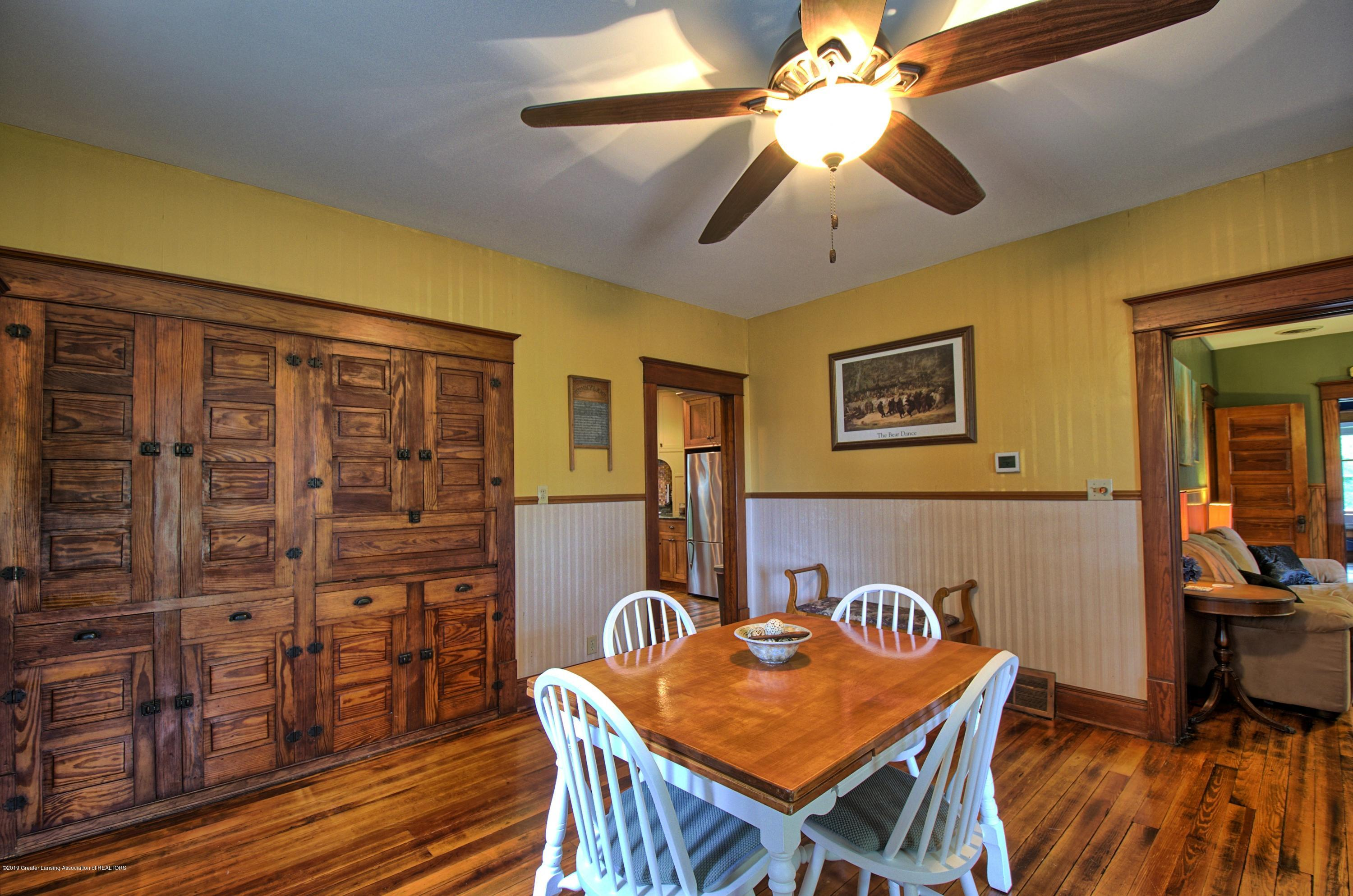 6347 Oneida Rd - Dining Room - 8