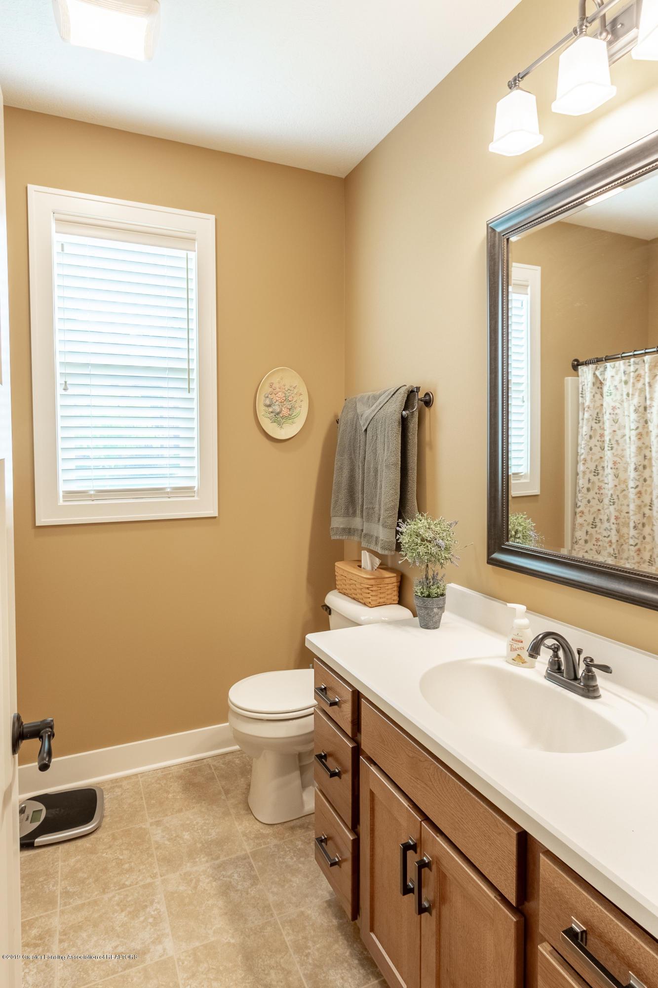 4134 E Benca Way - Full Bathroom - 26