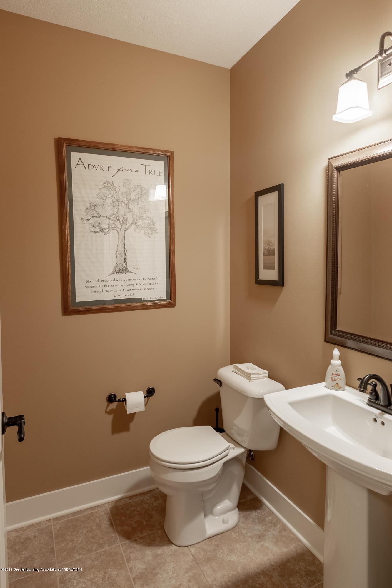4134 E Benca Way - Half Bathroom - 45