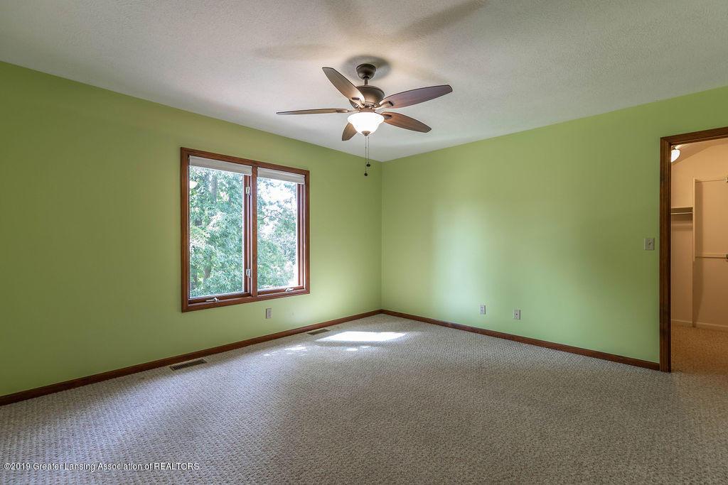3716 Fairhills Dr - Bedroom - 33