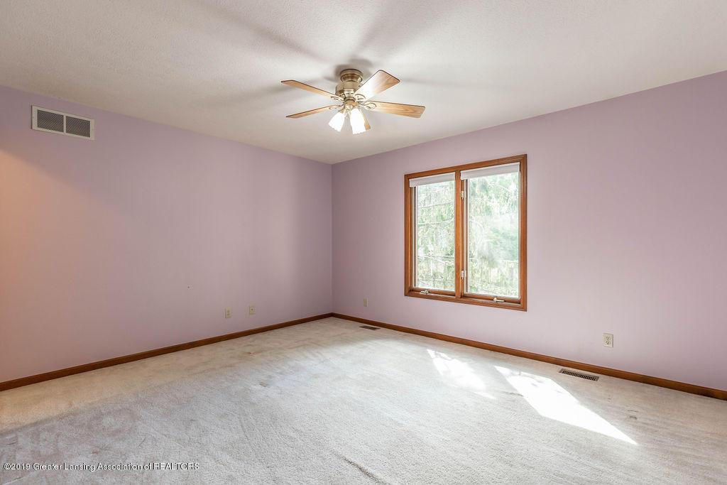 3716 Fairhills Dr - Bedroom - 32