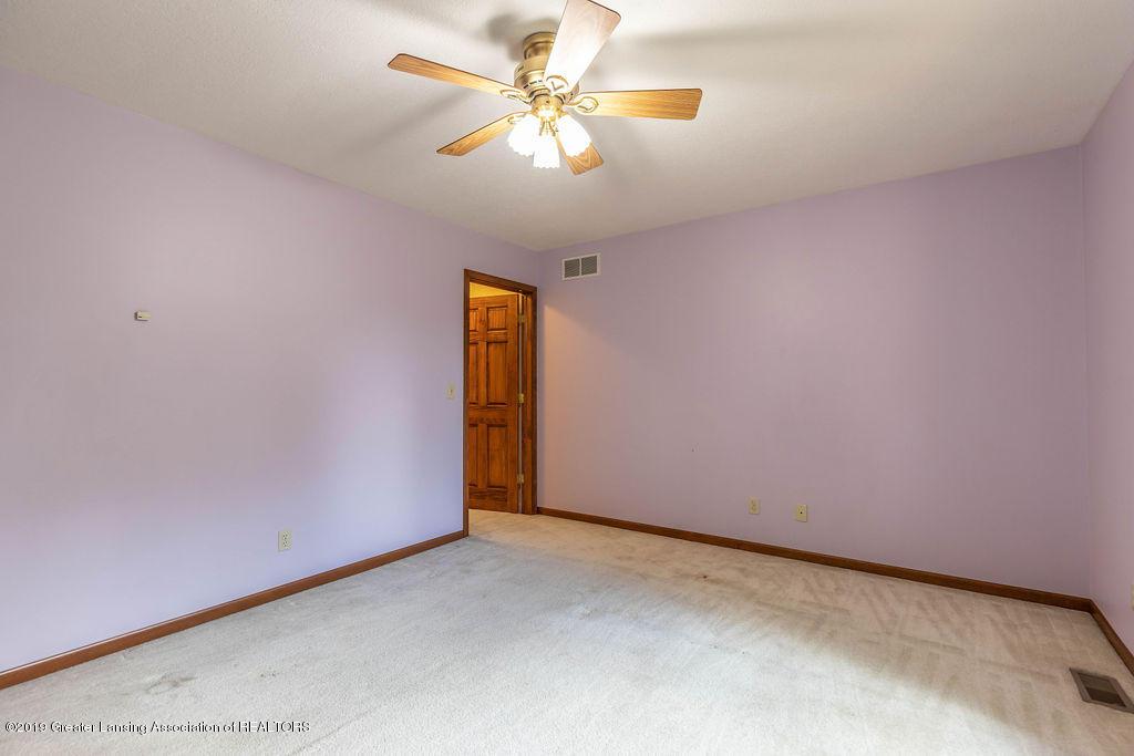 3716 Fairhills Dr - Bedroom - 31