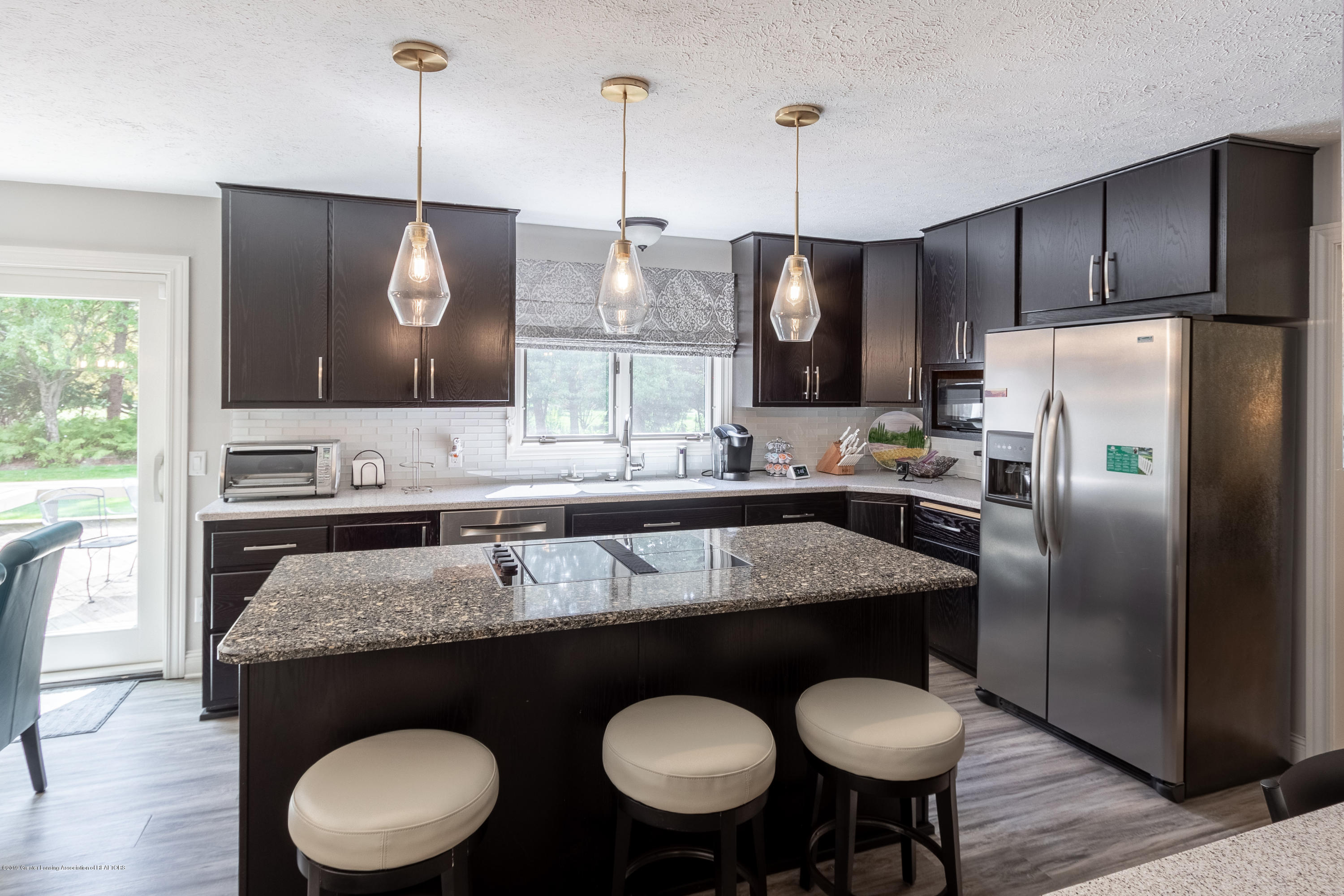 2133 Woodfield Rd - Kitchen - 16