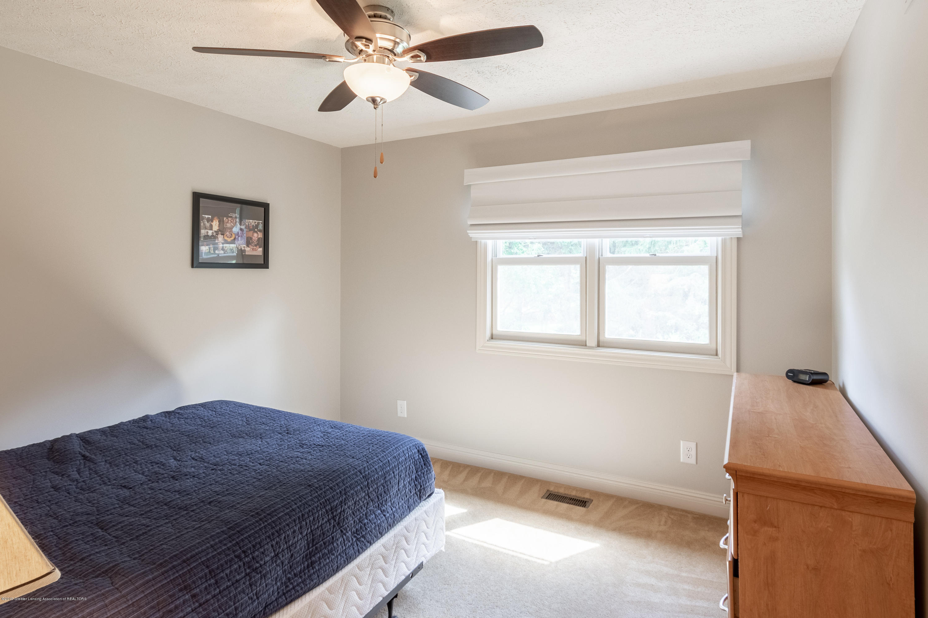2133 Woodfield Rd - Bedroom - 36