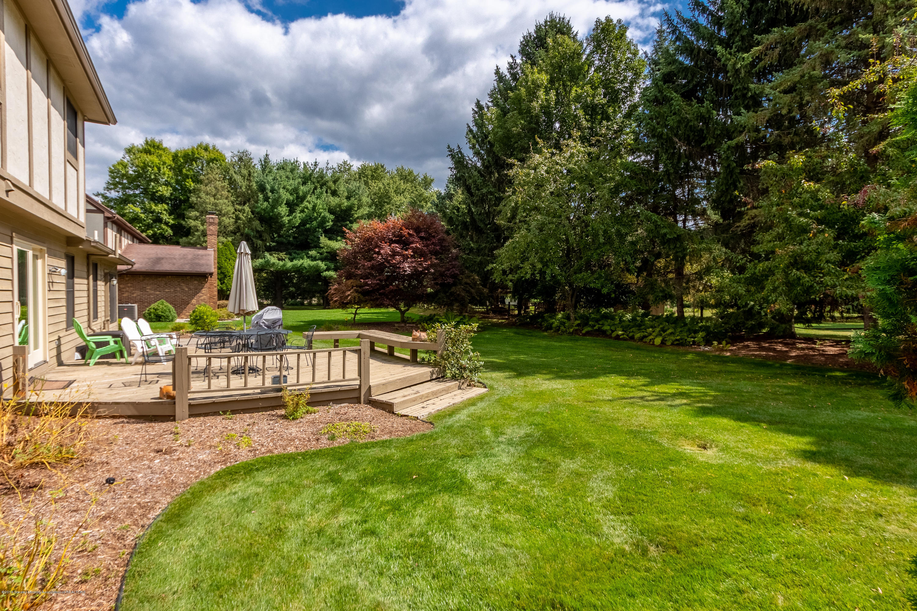 2133 Woodfield Rd - Back Yard - 51