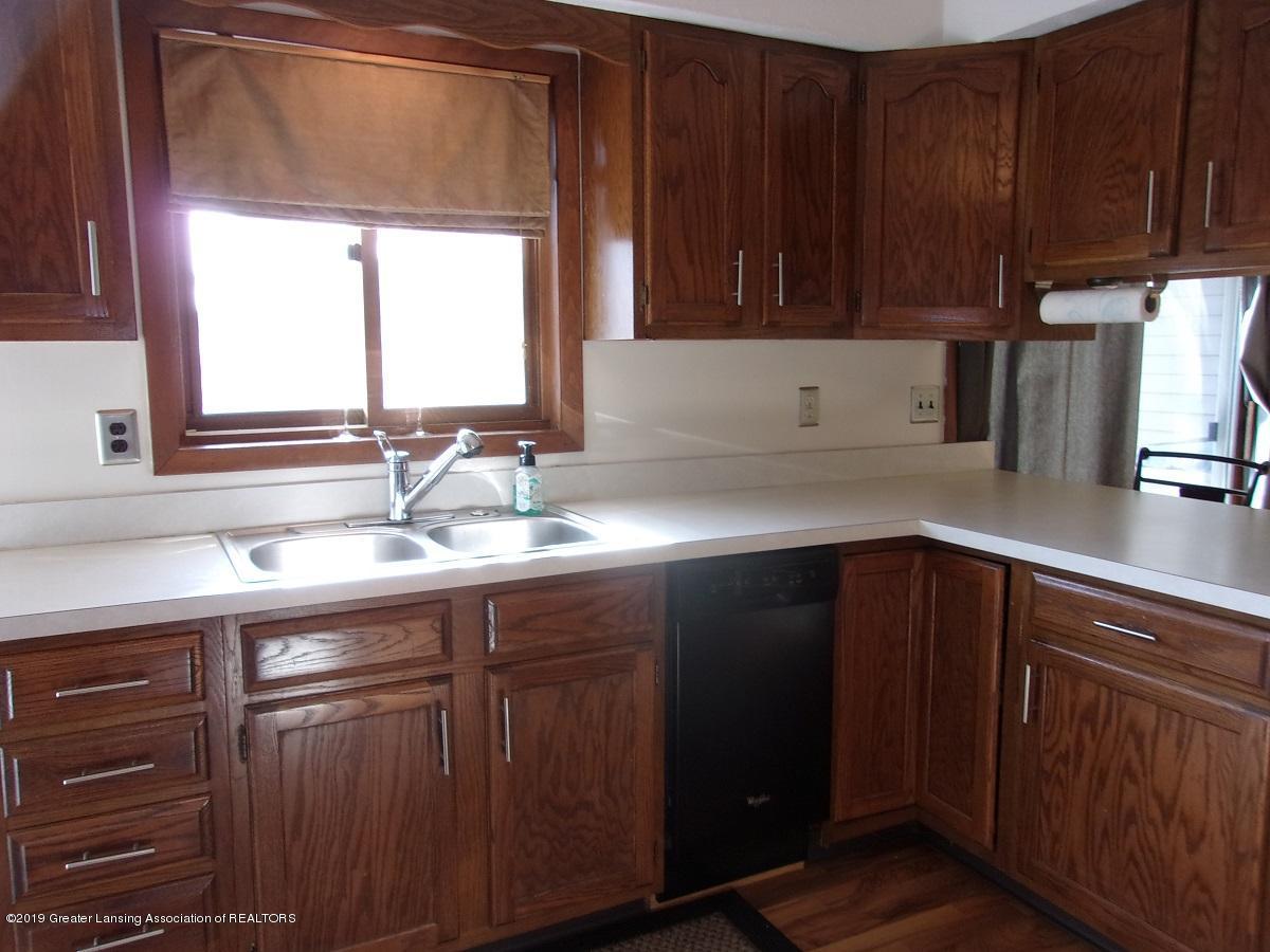 1403 N Stewart Rd - 8 Kitchen - 7