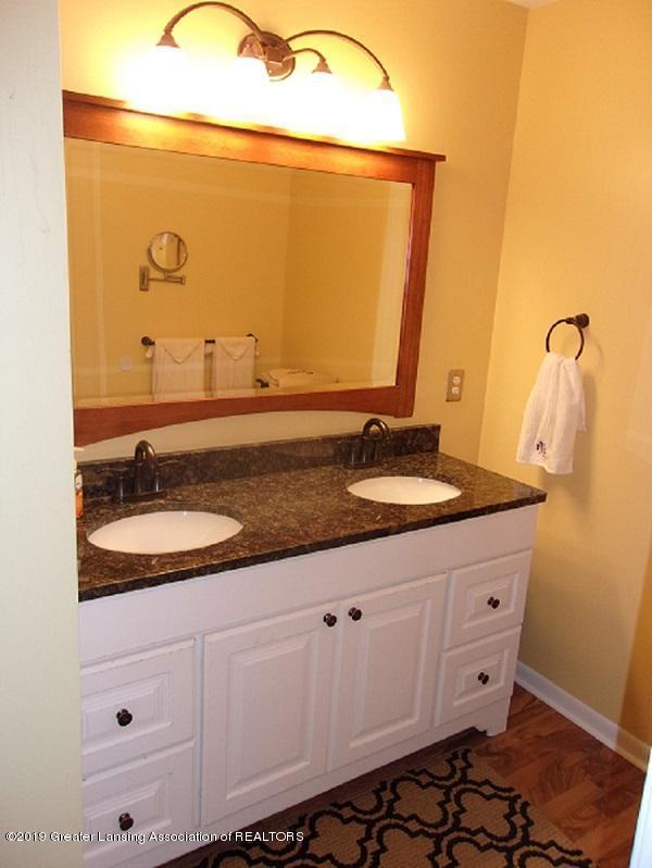 1403 N Stewart Rd - 15 Master Bath - 14