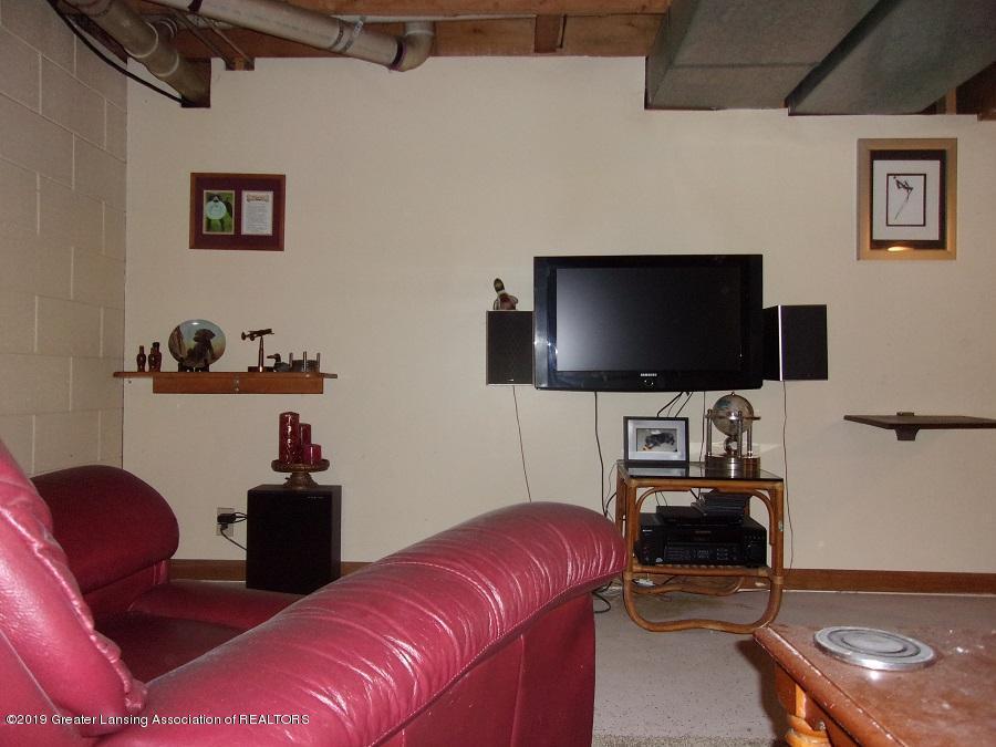 1403 N Stewart Rd - basement den - 23
