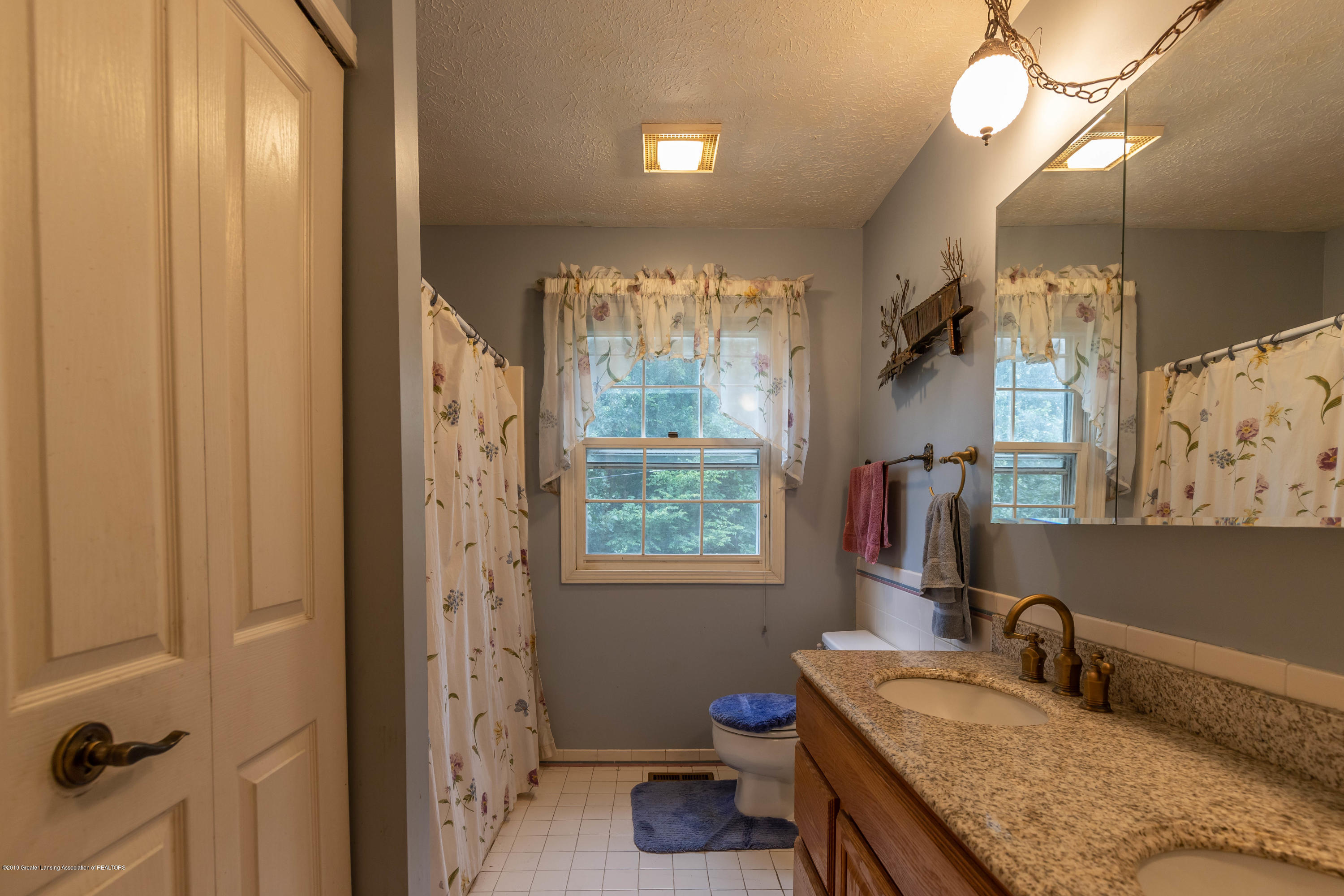 2525 Bell Oak Rd - Bathroom - 17