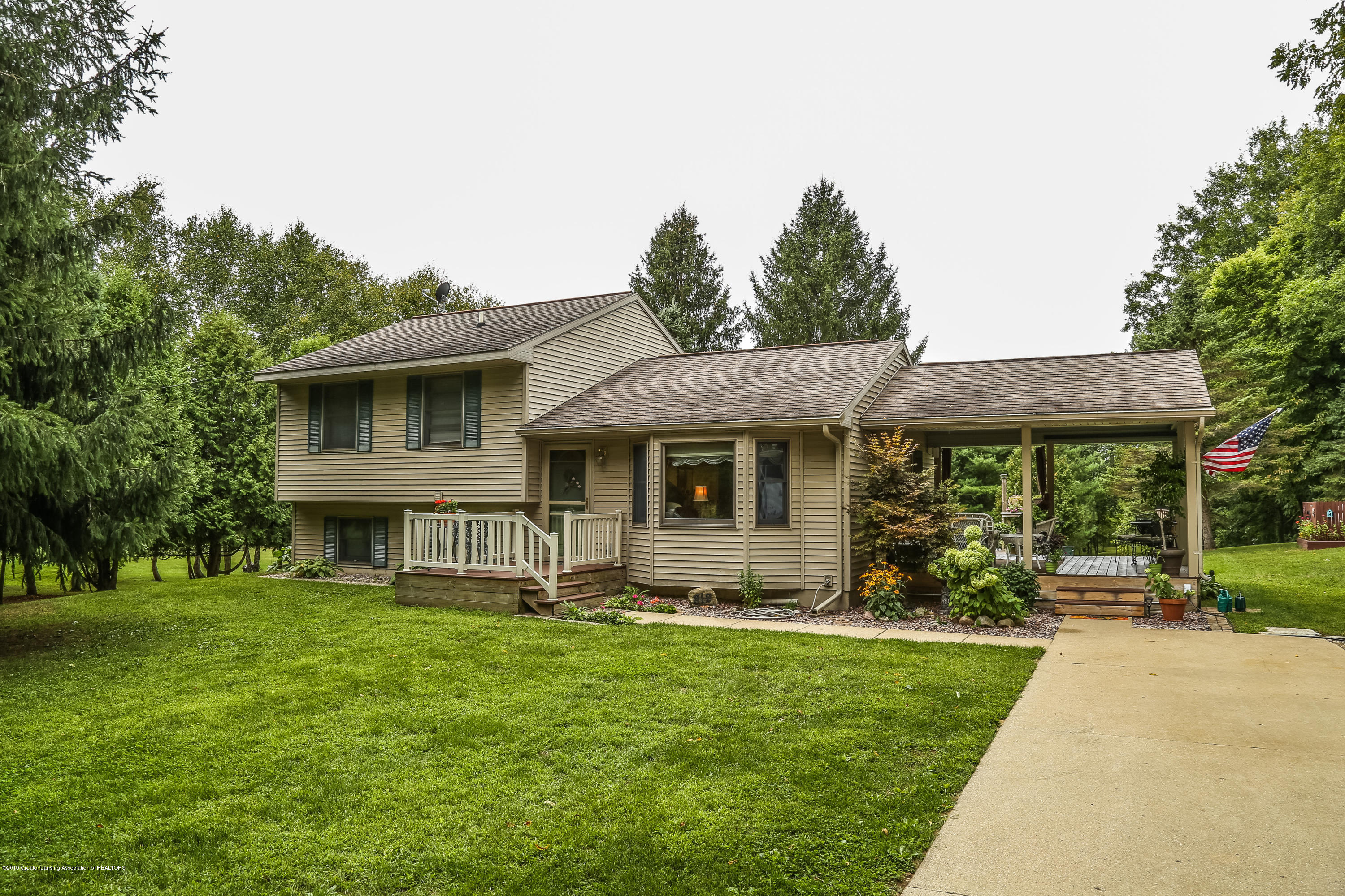 812 S Waverly Rd - Front - 1