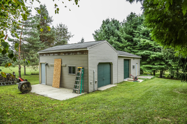 812 S Waverly Rd - Pole Barn - 45
