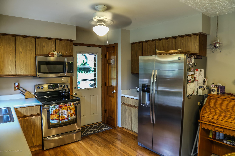 812 S Waverly Rd - Kitchen - 11
