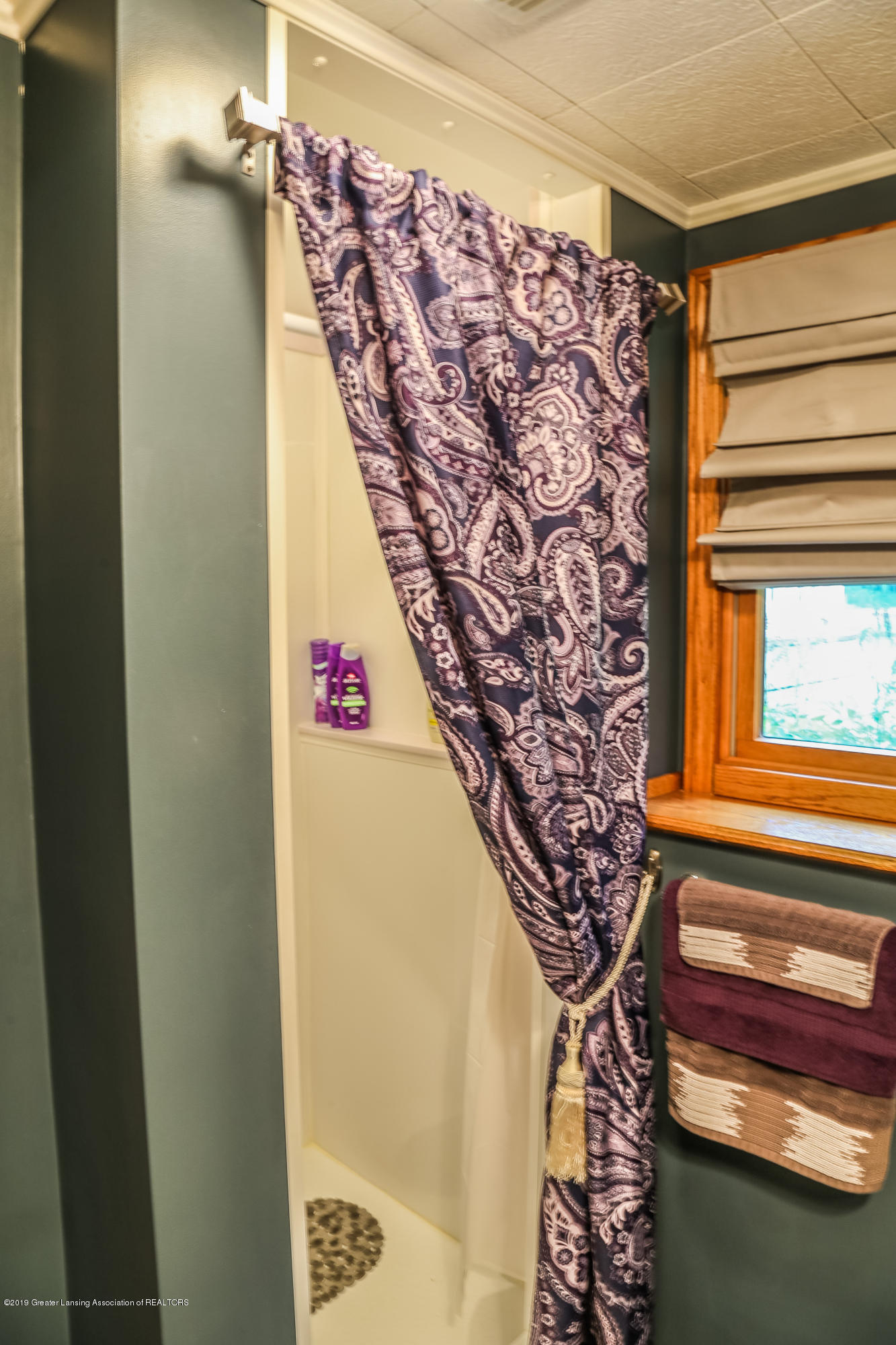 812 S Waverly Rd - Bathroom - 30