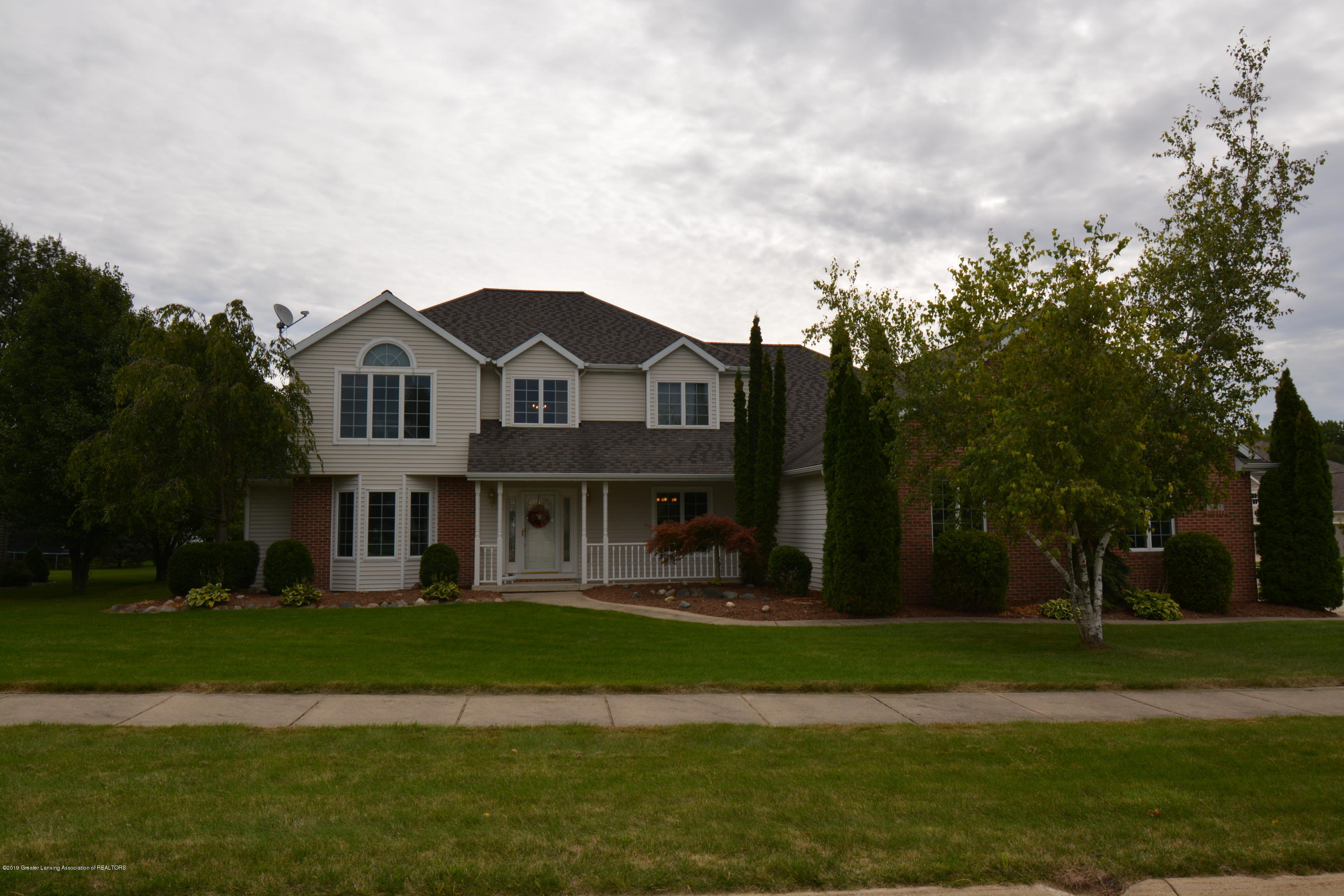 4057 Overbrook Dr - Front - 1