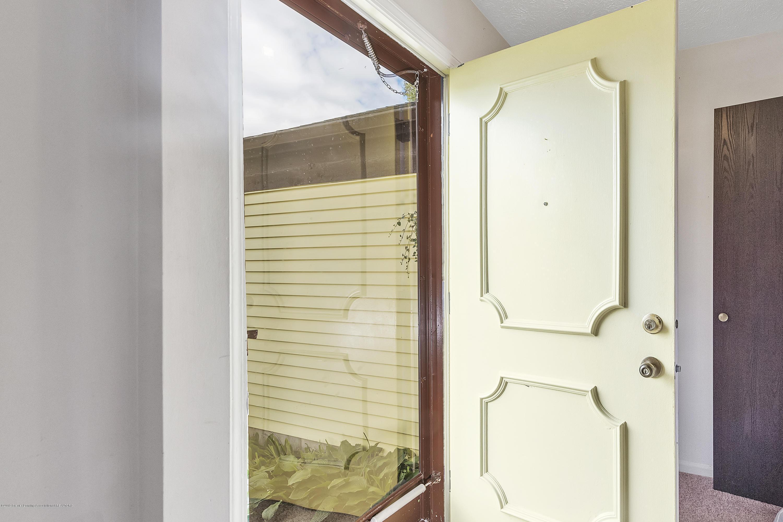 338 Honeysuckle Ln - 338-Honeysuckle-Lane-Lansing-MI-windowst - 7