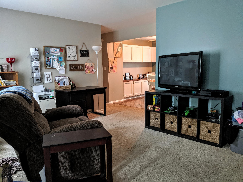 820 W Shepherd St - Living Room - 15