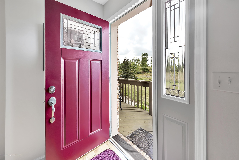 3560 Meridian Rd - 3560-Meridian-Rd-Lansing-MI-windowstill- - 5
