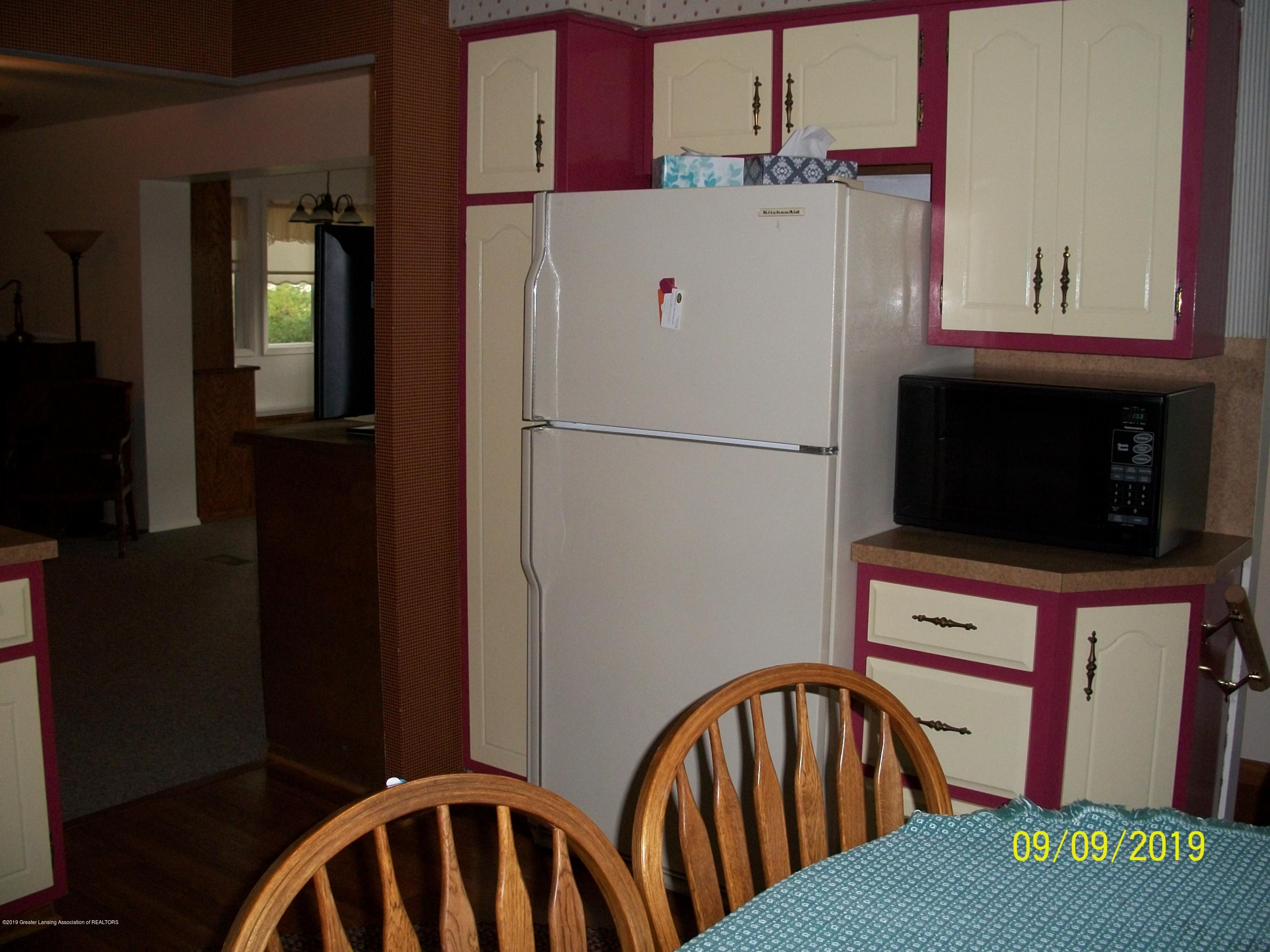 901 Gary Ct - Kitchen - 9