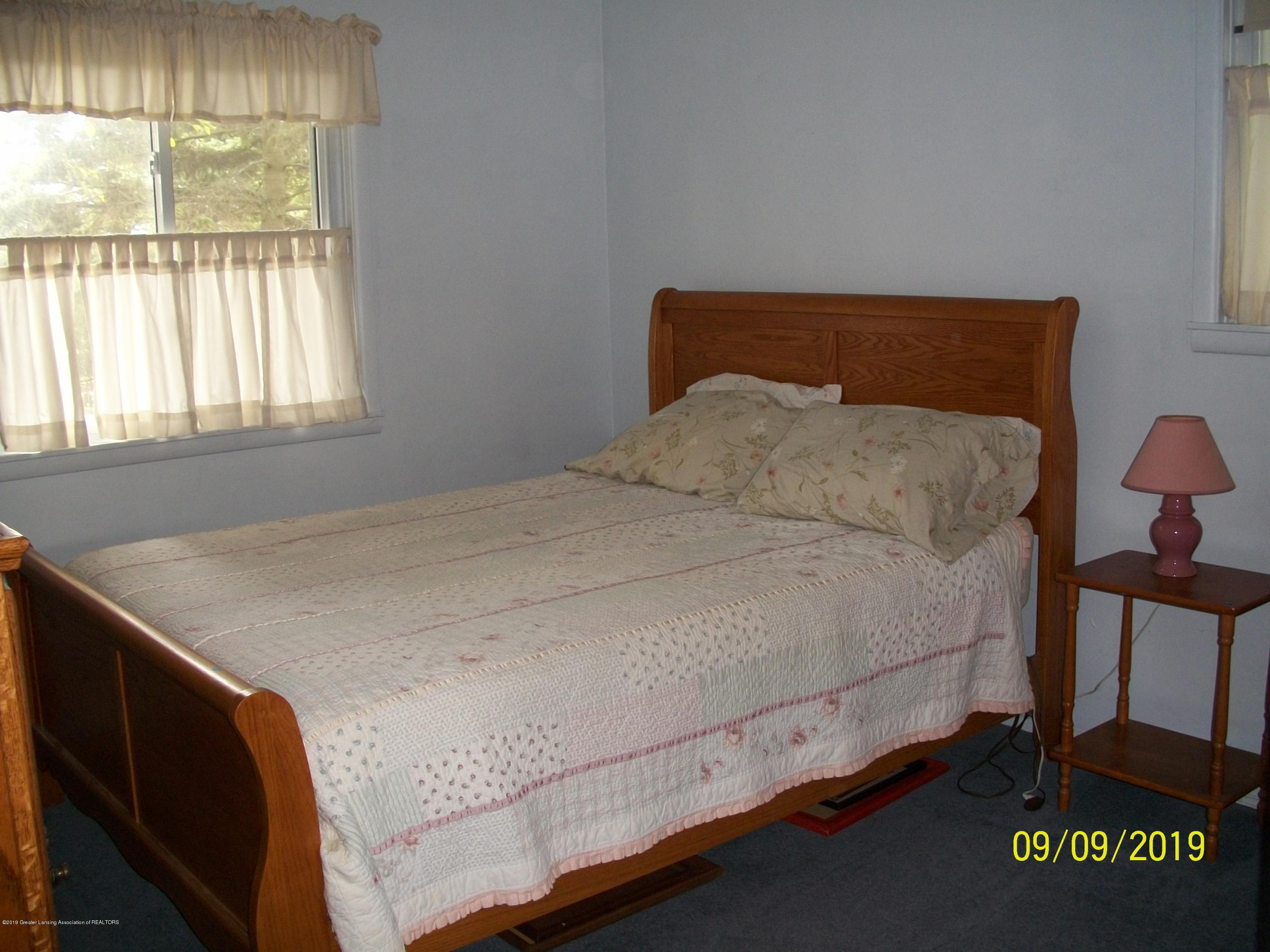 901 Gary Ct - Bedroom 1 - 17