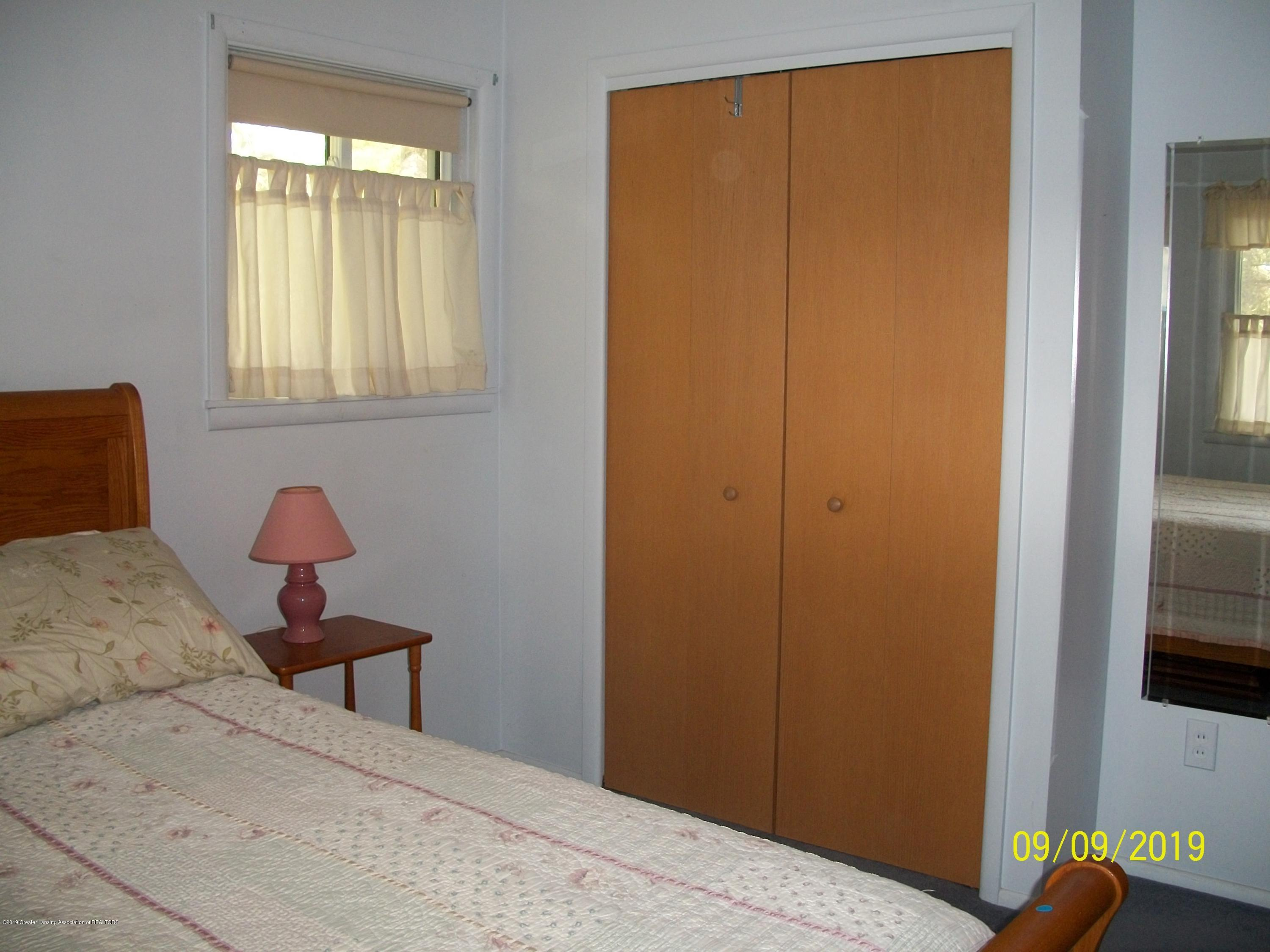 901 Gary Ct - Bedroom 1 - 18
