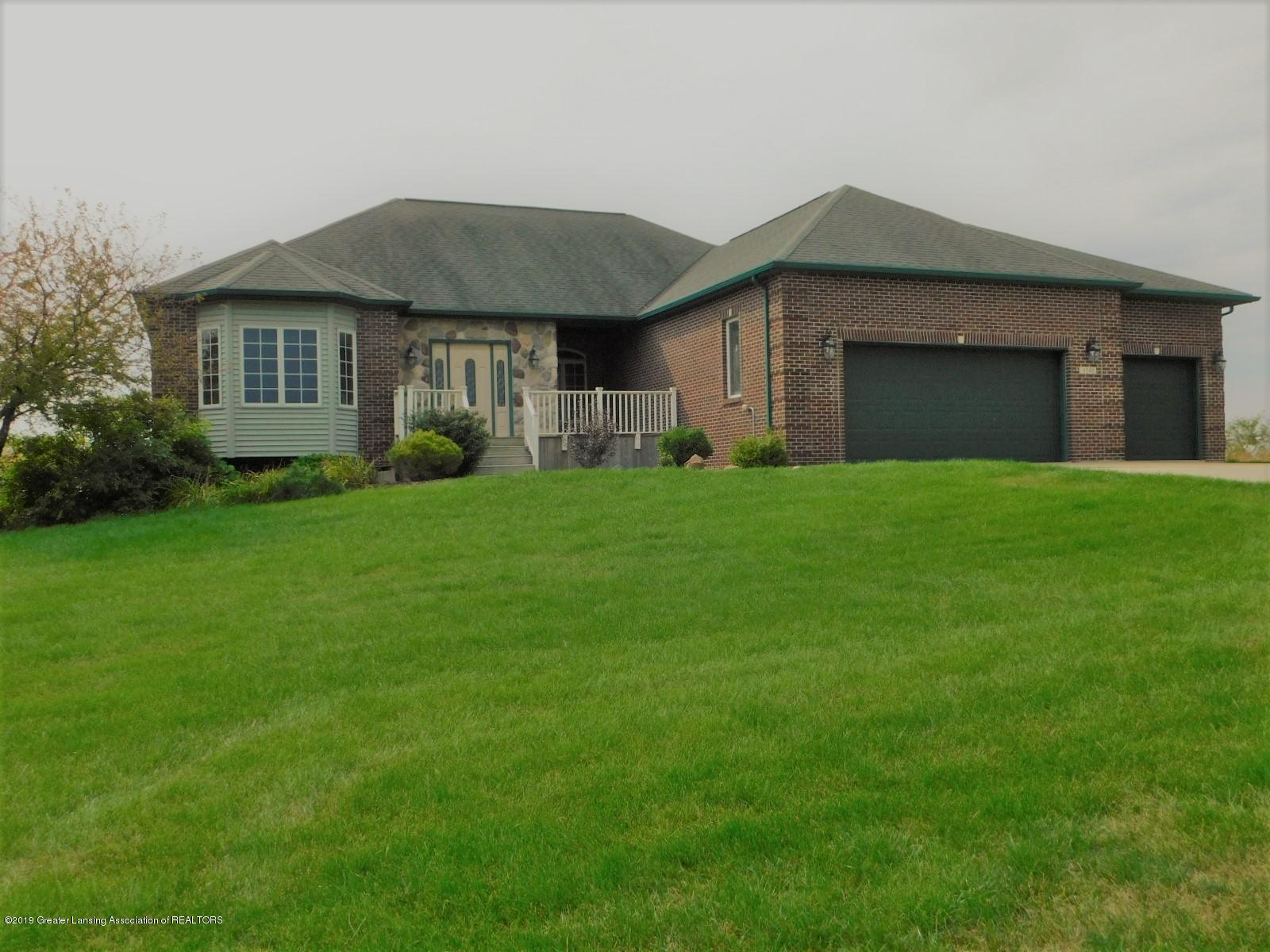 4545 S Green Gables Dr - Front Exterior - 1
