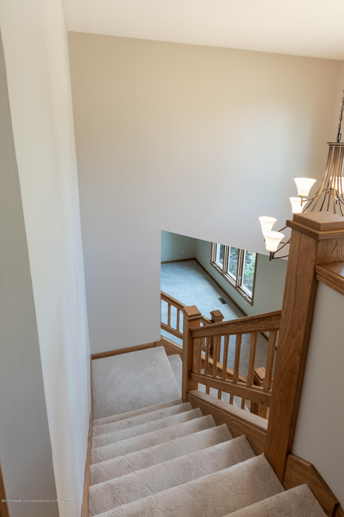 1967 Birch Bluff Dr - Stairs to Second Level - 31