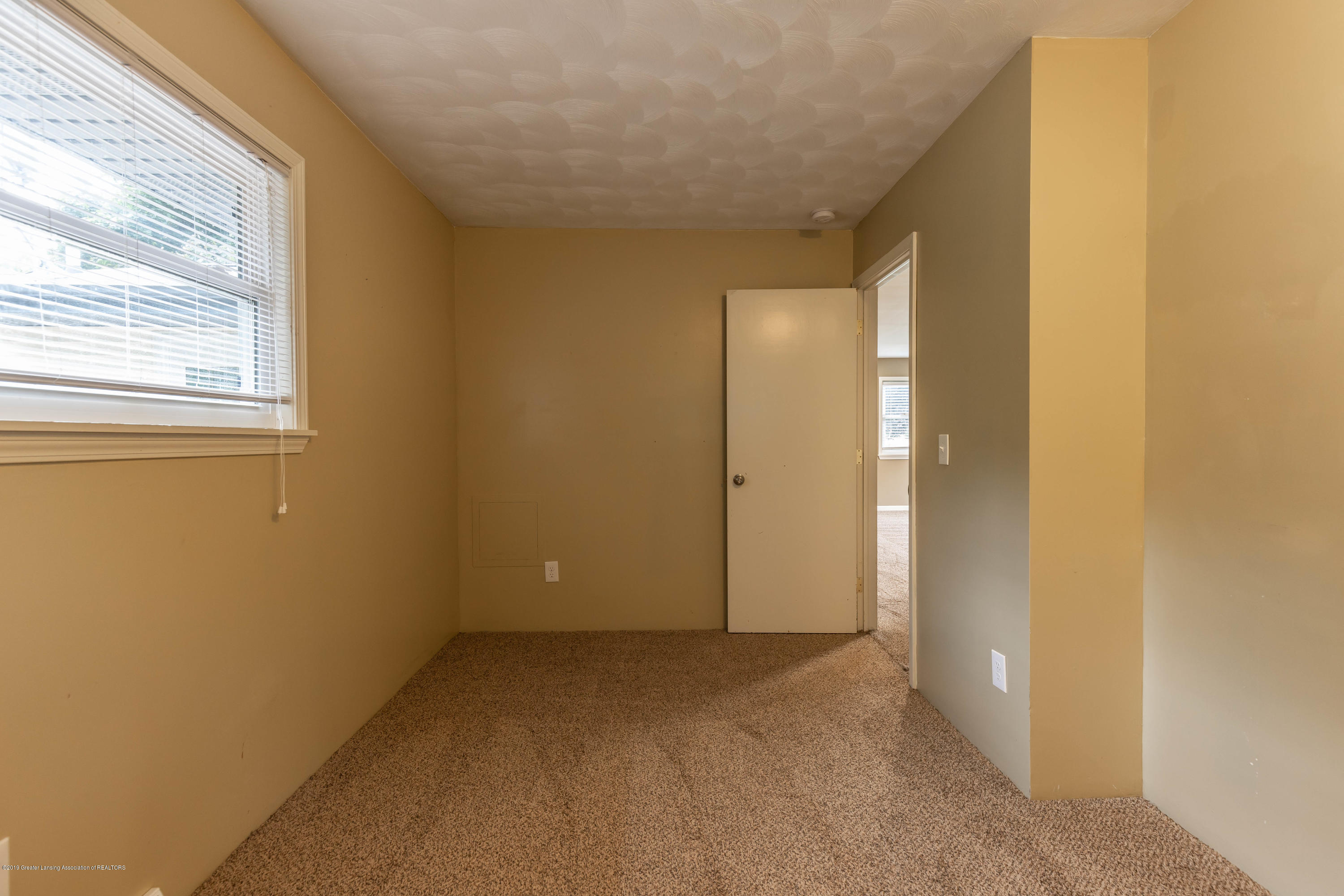 1513 Marcy Ave - marcybed21 (1 of 1) - 15