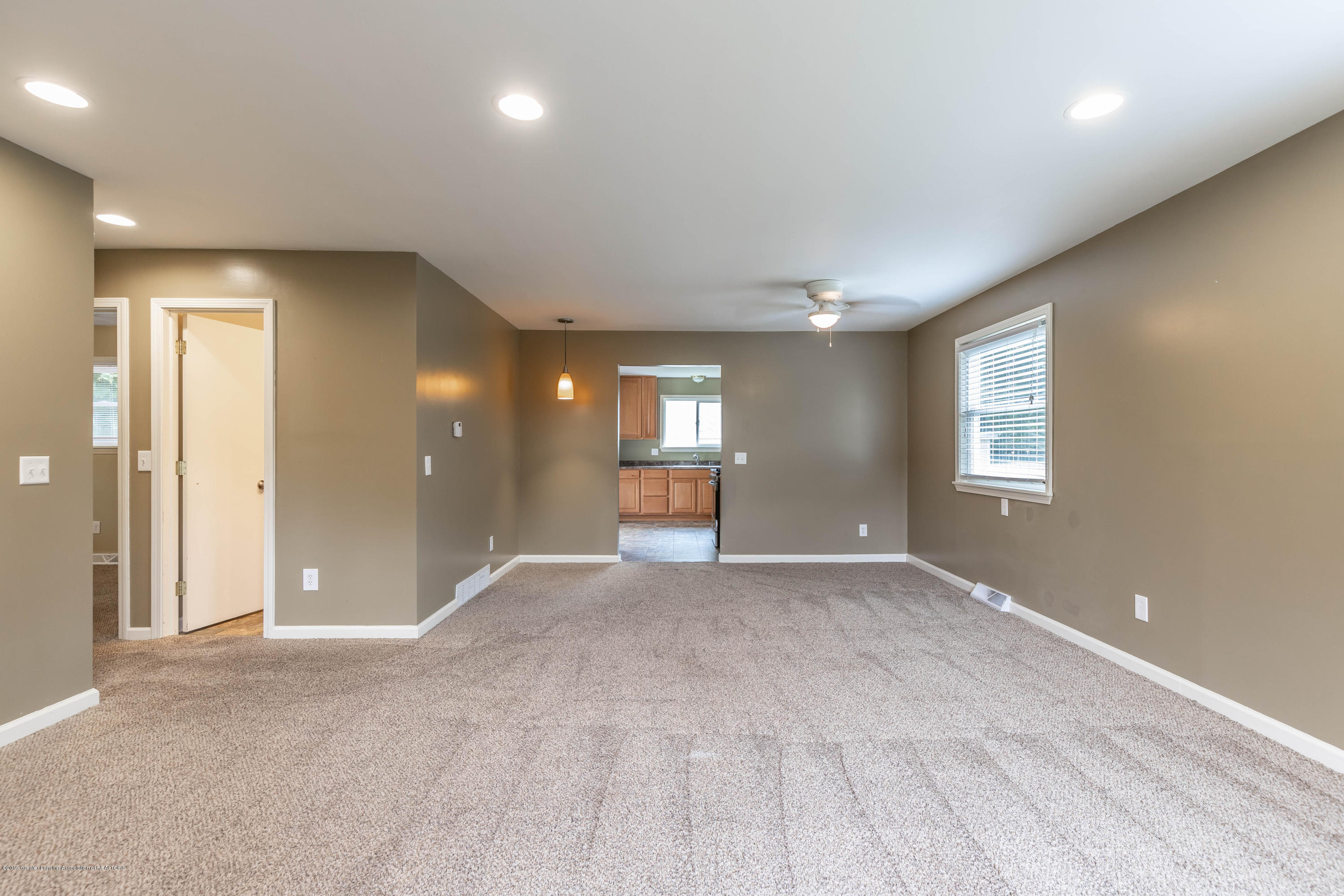 1513 Marcy Ave - marcyliving2 (1 of 1) - 9