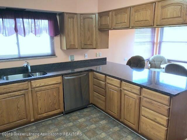 1610 Wellington Rd - Kitchen - 12