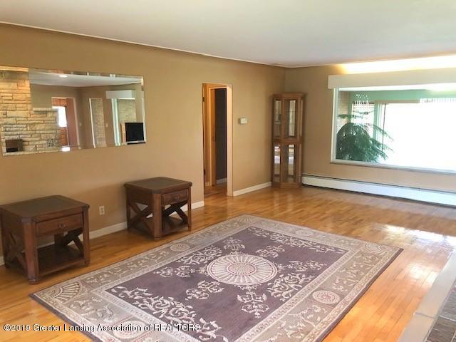 1610 Wellington Rd - Living Room - 7