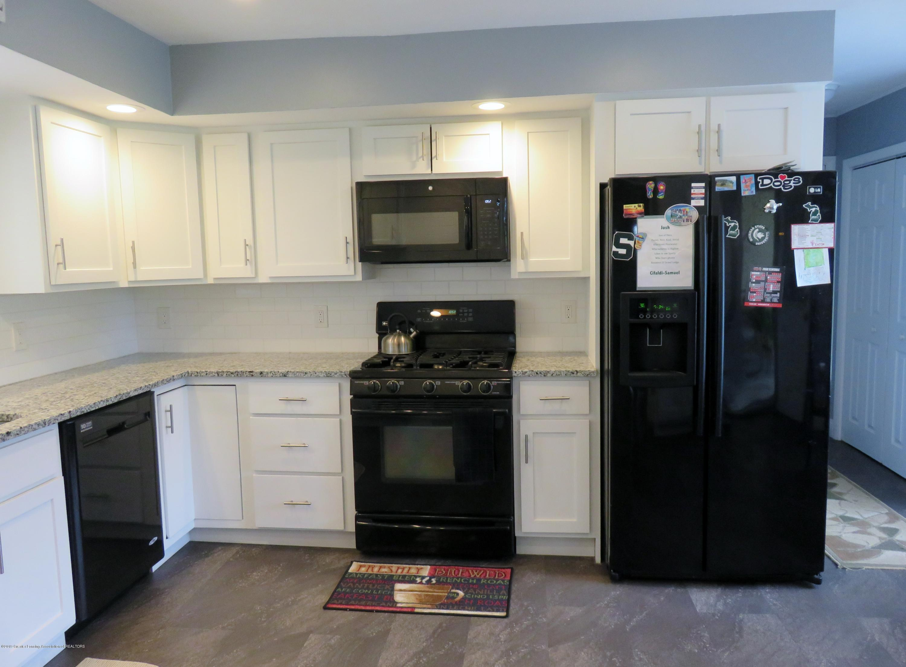 7123 E Mt Hope Hwy - Kitchen - 4