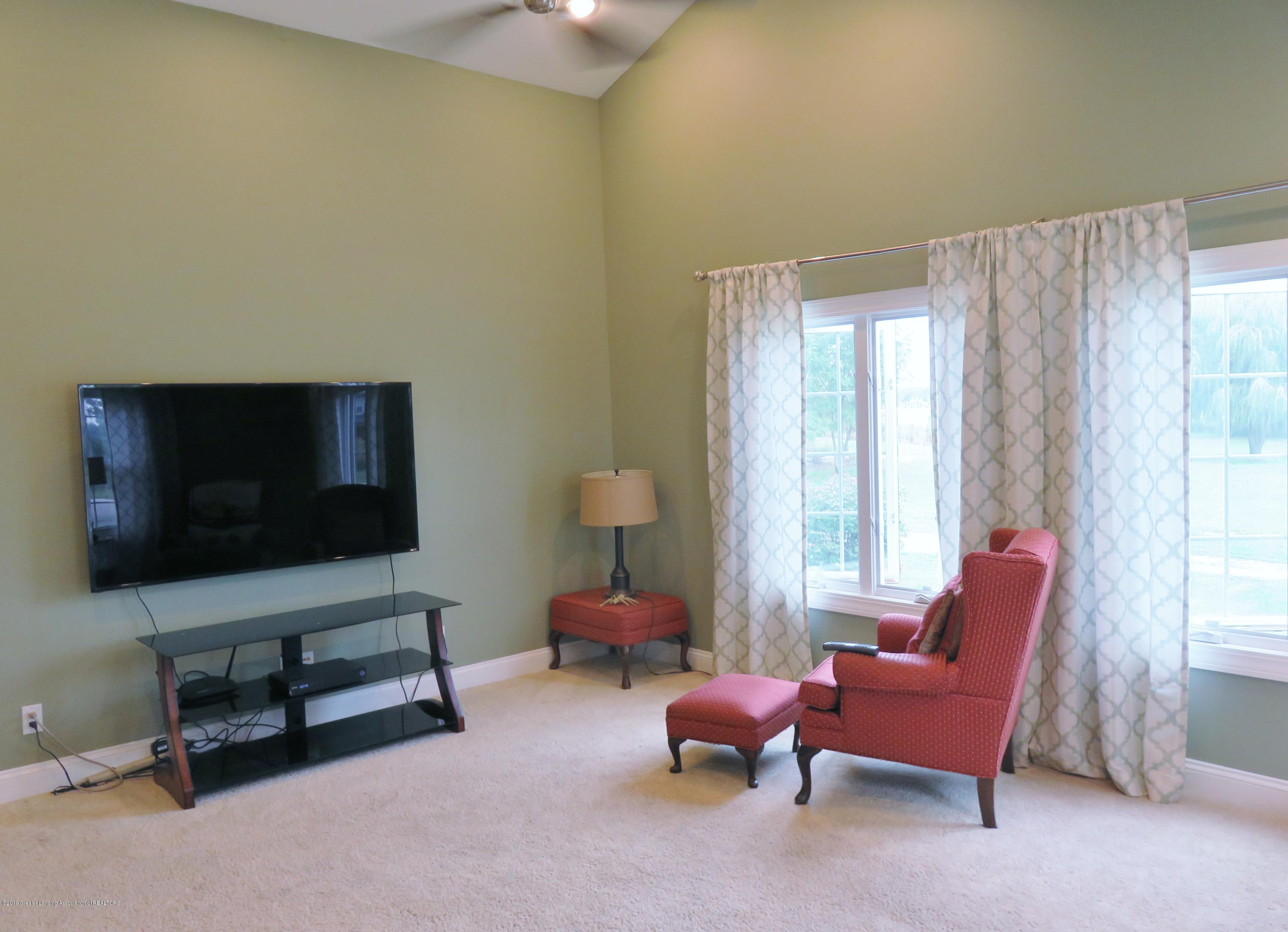 7123 E Mt Hope Hwy - Family Room - 10