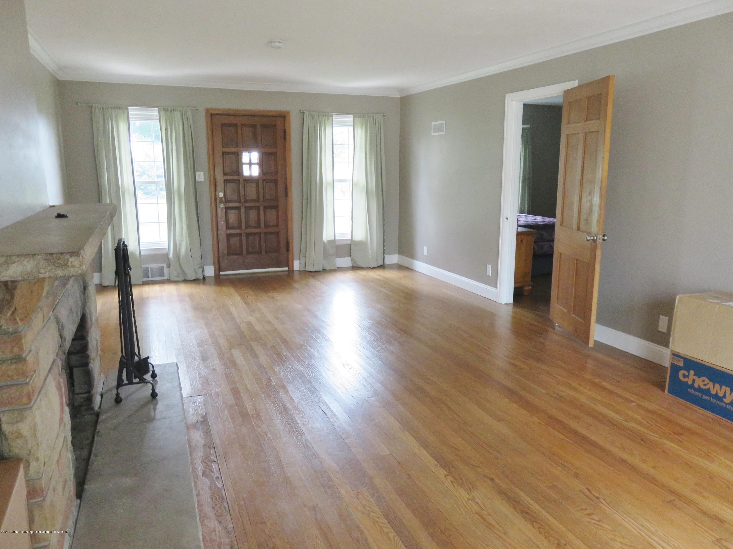 7123 E Mt Hope Hwy - Living Room - 13