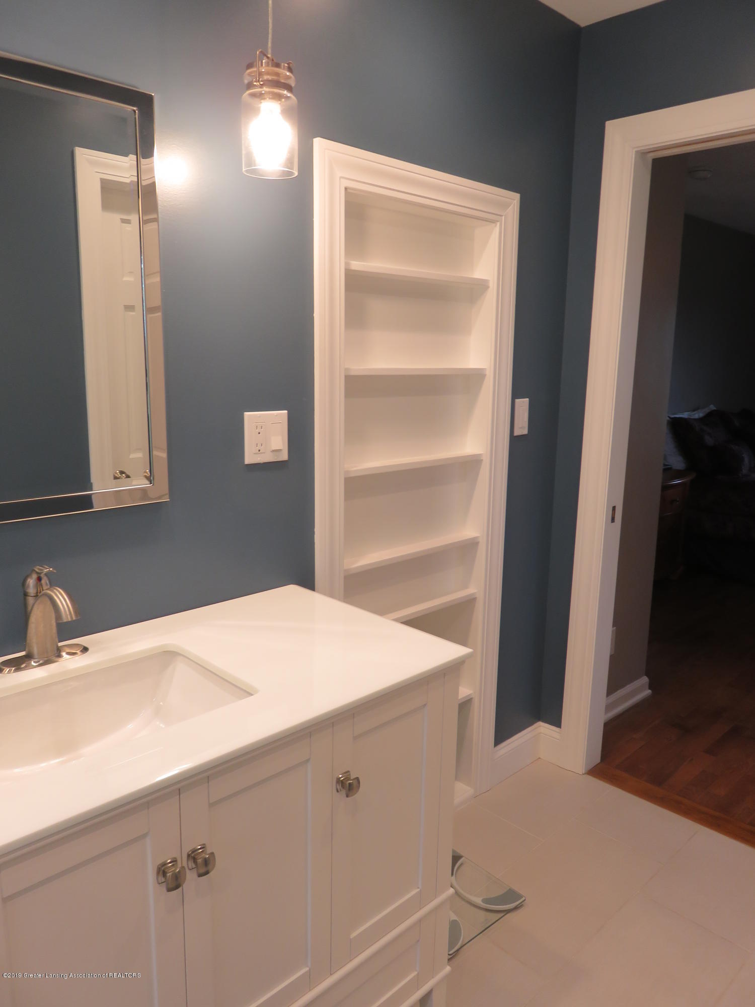 7123 E Mt Hope Hwy - Master Bath - 20