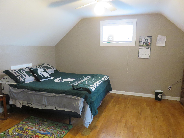 7123 E Mt Hope Hwy - 2nd Floor Bedroom - 25