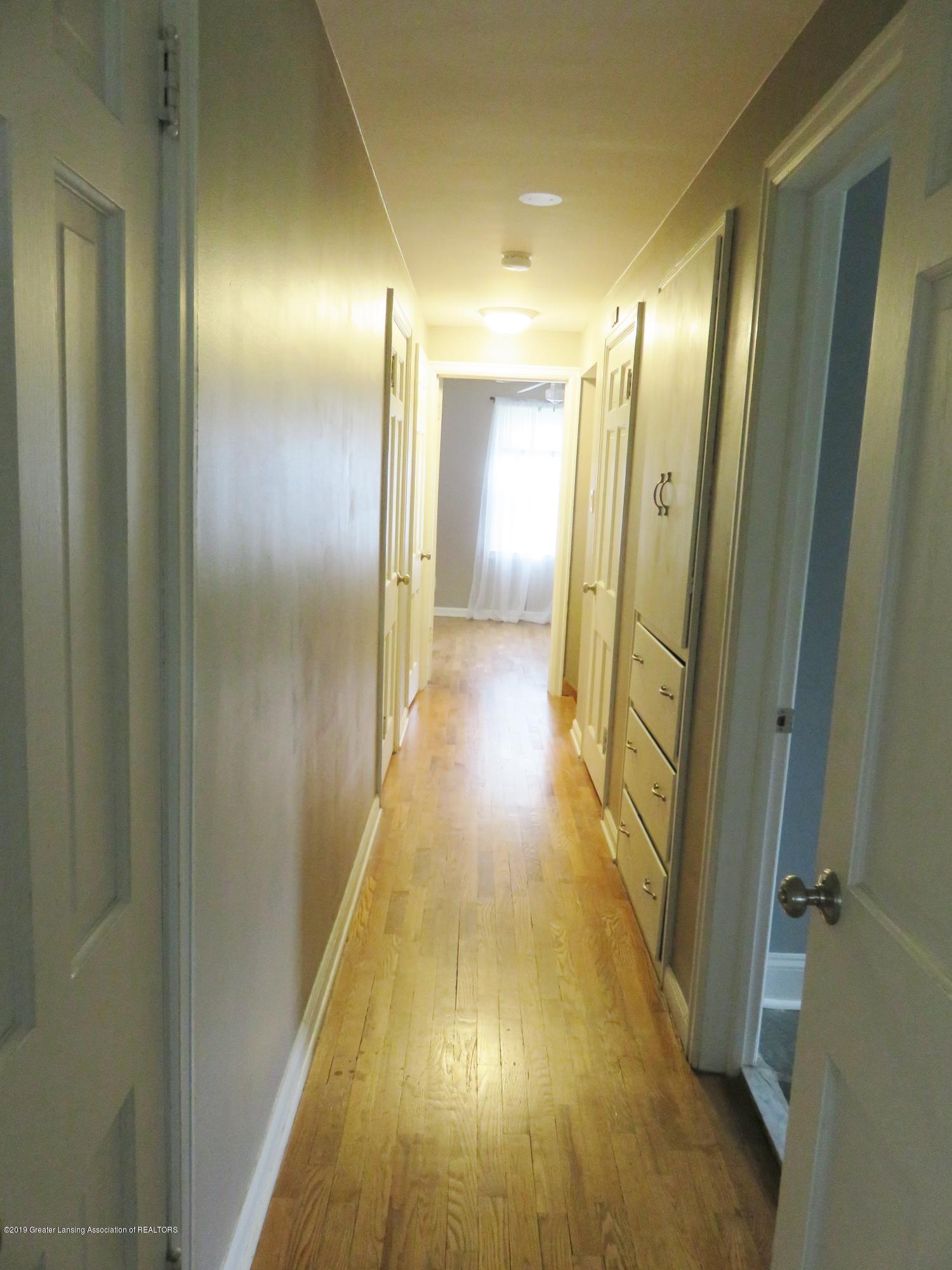 7123 E Mt Hope Hwy - 2nd Floor Hallway - 22