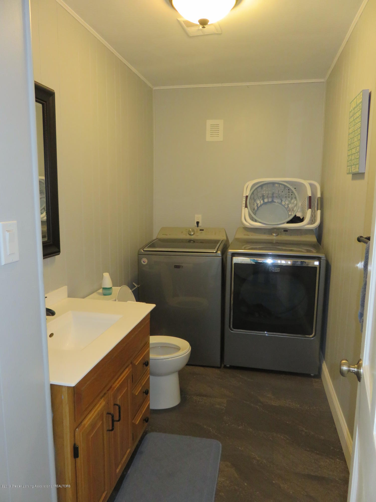 7123 E Mt Hope Hwy - 1st Floor 1.2 Bath & Laundry Room - 26